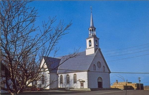 Église de Saint-Pierre-de-la-rivière-du-Sud érigée en 1785